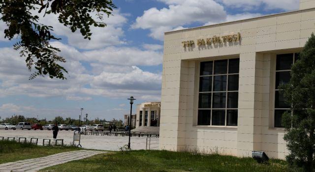 TUS'un Ardından ASÜ Tıp'a Üç Asistan Alımı Yapıldı