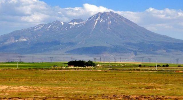 Hasan Dağı Aksaraylıların En Gözde Gezi Alanı Oldu