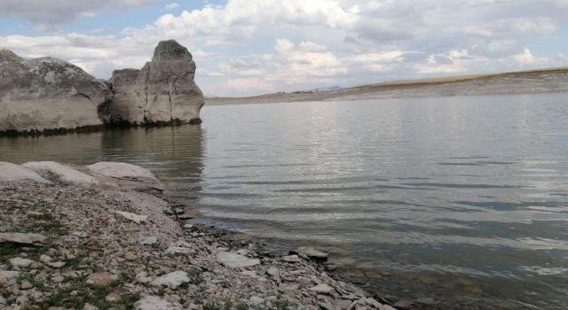 Mamasın Barajı Yaz Aylarındaki İhtişamını Koruyor