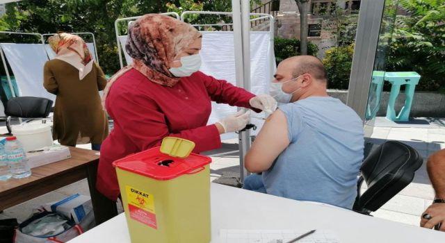 Covid-19 Aşısı Vatandaşın Ayağına Getirildi