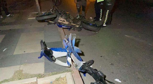 2 Arkadaşın Kullandığı Hız Motosikletleri Çarpıştı: 2 Yaralı