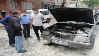 Seyir Halindeki Aracın Motor Kısmında Yangın Çıktı