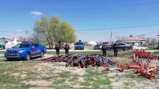 Sulama sistemi malzemelerini çalan 2 şüpheli Yeşilova'da yakalandı
