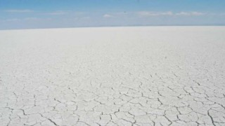 Kuraklık Sadece Çiftçiyi Değil Tuz Gölünü de Yok Ediyor