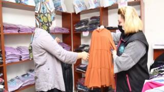 Sosyal Mağaza İhtiyaç Sahibi Vatandaşlar İçin Umut Kapısı Oluyor