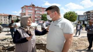 Başkan Dinçer Projelerini Vatandaşlarla Birlikte Hayata Geçiriyor