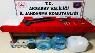 Ürettiği sahte içkiyi gazinoda müşterilerine satan işletmeci gözaltına alındı